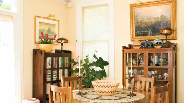 California bungalow dining room, Arts & Crafts furniture