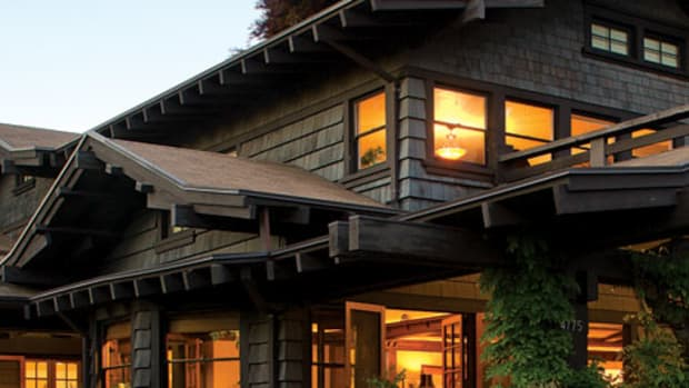 Rugged shingles define a 1914 West Coast house. Photo by William Wright