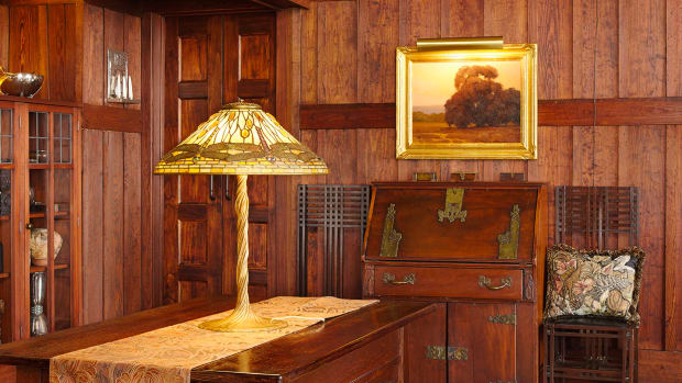 Arts & Crafts interior Tudor style Tiffany Lamp