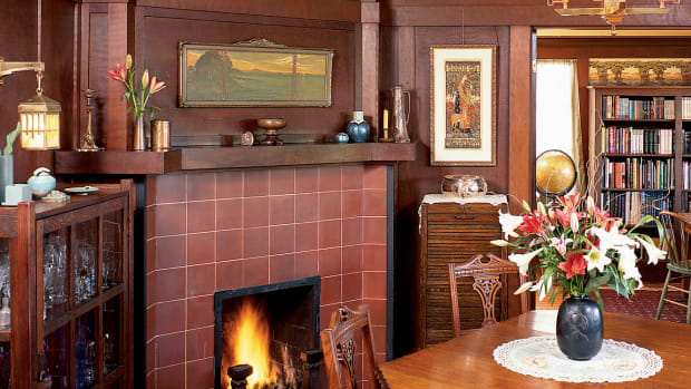 Tile_fireplace_Arts&CraftsHomes