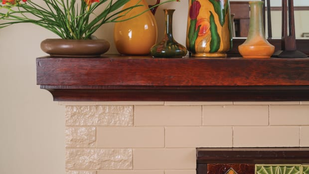 Bungalow_painted_fireplace