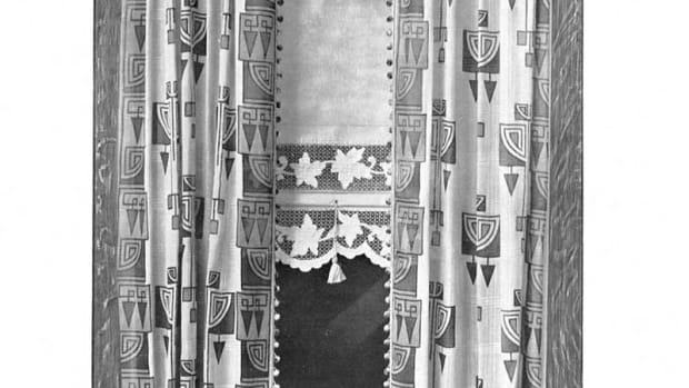 Drawing from a 1911 catalog show real Arts & Crafts curtains.