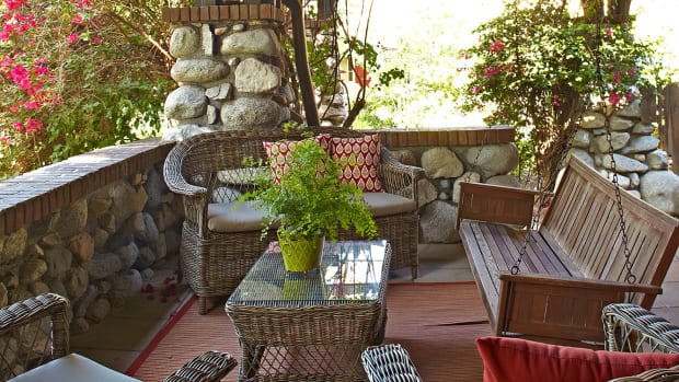 porch furniture, porch swing