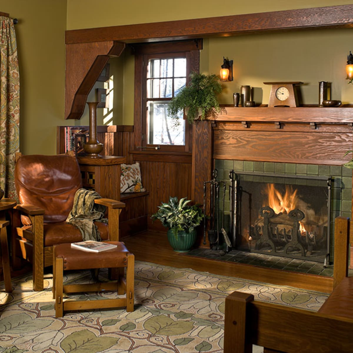 Using Interior Color Palettes For Arts Crafts Homes Design For The Arts Crafts House Arts Crafts Homes Online