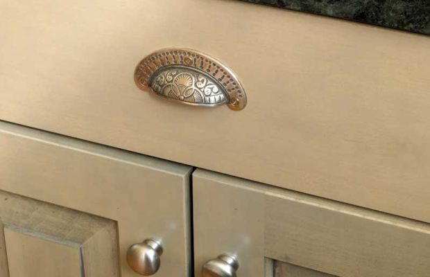 Bin pull and knobs from Restoration Hardware.