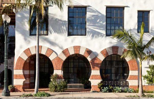 A glimpse of Santa Barbara architecture. Photo: William Wright