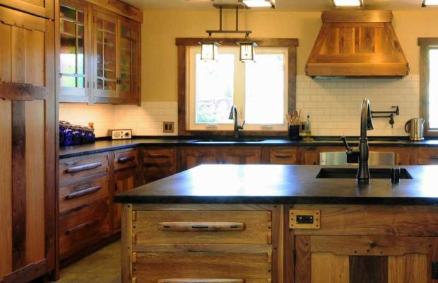 A recent kitchen remodel shows off Dale's cabinetwork.