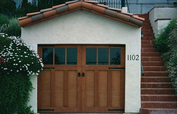 Summit Door Inc.