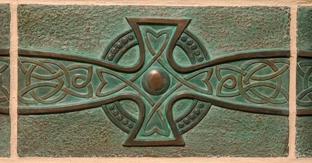 Center tile of the 'St. Leonard's Cross' design in metal by LaTene Tile.