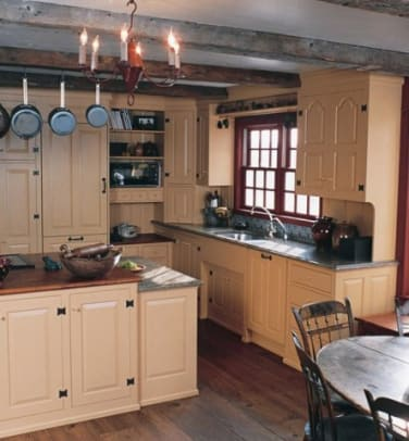 phoca_thumb_l_K-18..Painted, hand-planed pine kitchen cabinetry