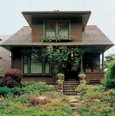 A turn-of-the-century Shingle bungalow on Capitol Hill. Photo: William Wright