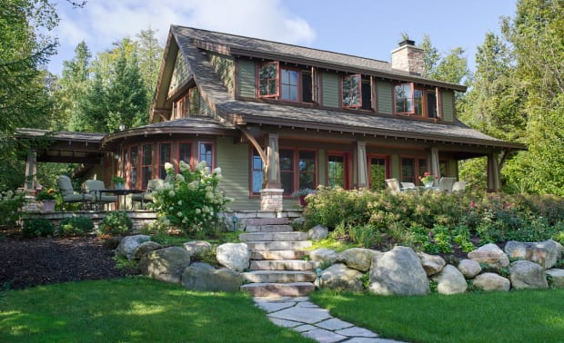 A Cottage Makeover on Lake Charlevoix