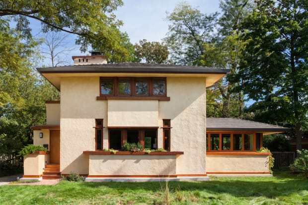 A Frank Lloyd Wright Rescue