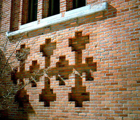 A handsome triple cross design in the brickwork of the 1871 First Baptist Church in Penn Yan, N.Y. Photo by Dick Johnson.