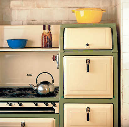 A refurbished old stove (Magic Chef, 1930s). Photo by Marco Prozzo/The New Bungalow Kitchen.