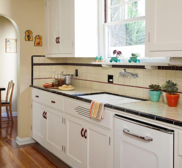 Back Splash Progression - Design For The Arts & Crafts House