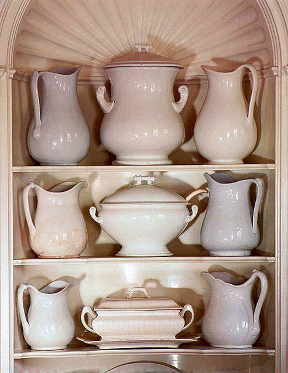 Ironstone is a new favorite collected by many. Here it is set in a scallop-shell corner cupboard that dates the ca.1820 house.