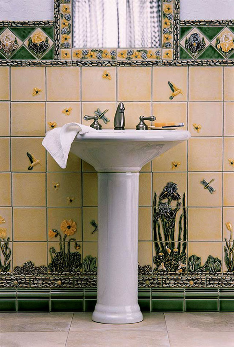Nature comes inside in a tiled bathroom by Pratt & Larson; the arrangement is reminiscent of high-style tiled baths at the turn of the 20th century.