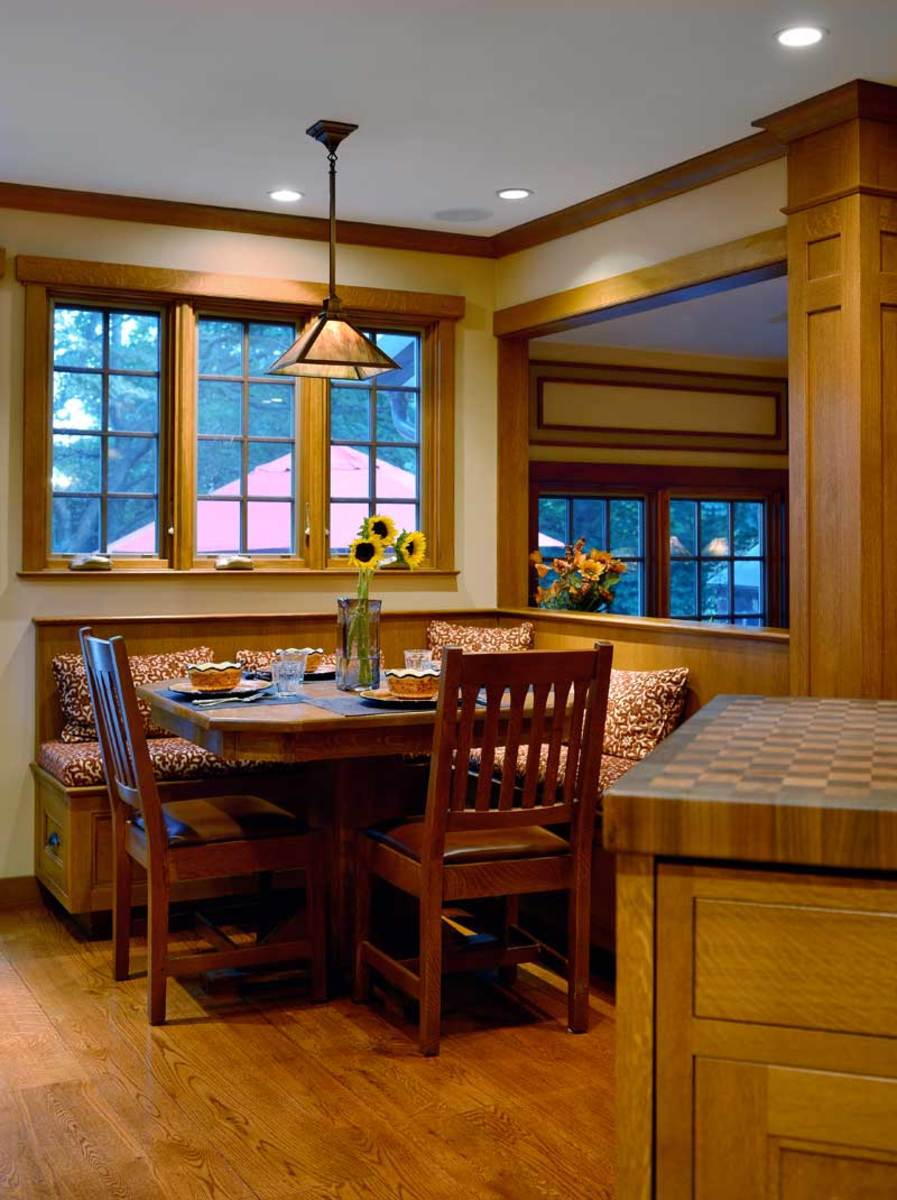 kitchen table banquette