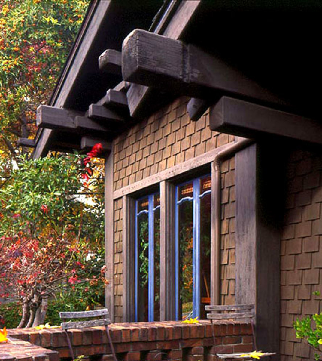 Roofing and siding ideas arts crafts homes and the for Craftsman roofing