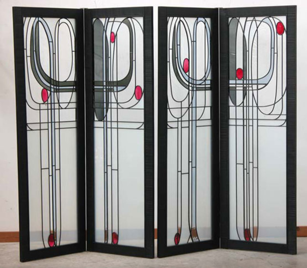 """Mackintosh Screen"" in two pairs."