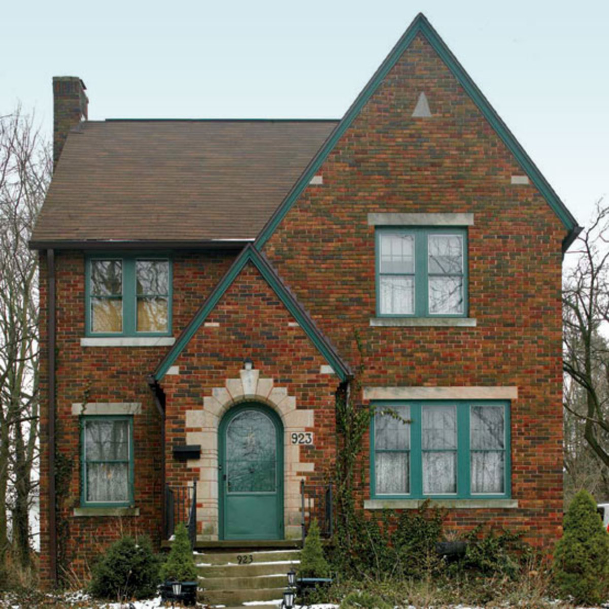 Brick Exterior: Kitchen For A Tudor Of The Arts & Crafts Era
