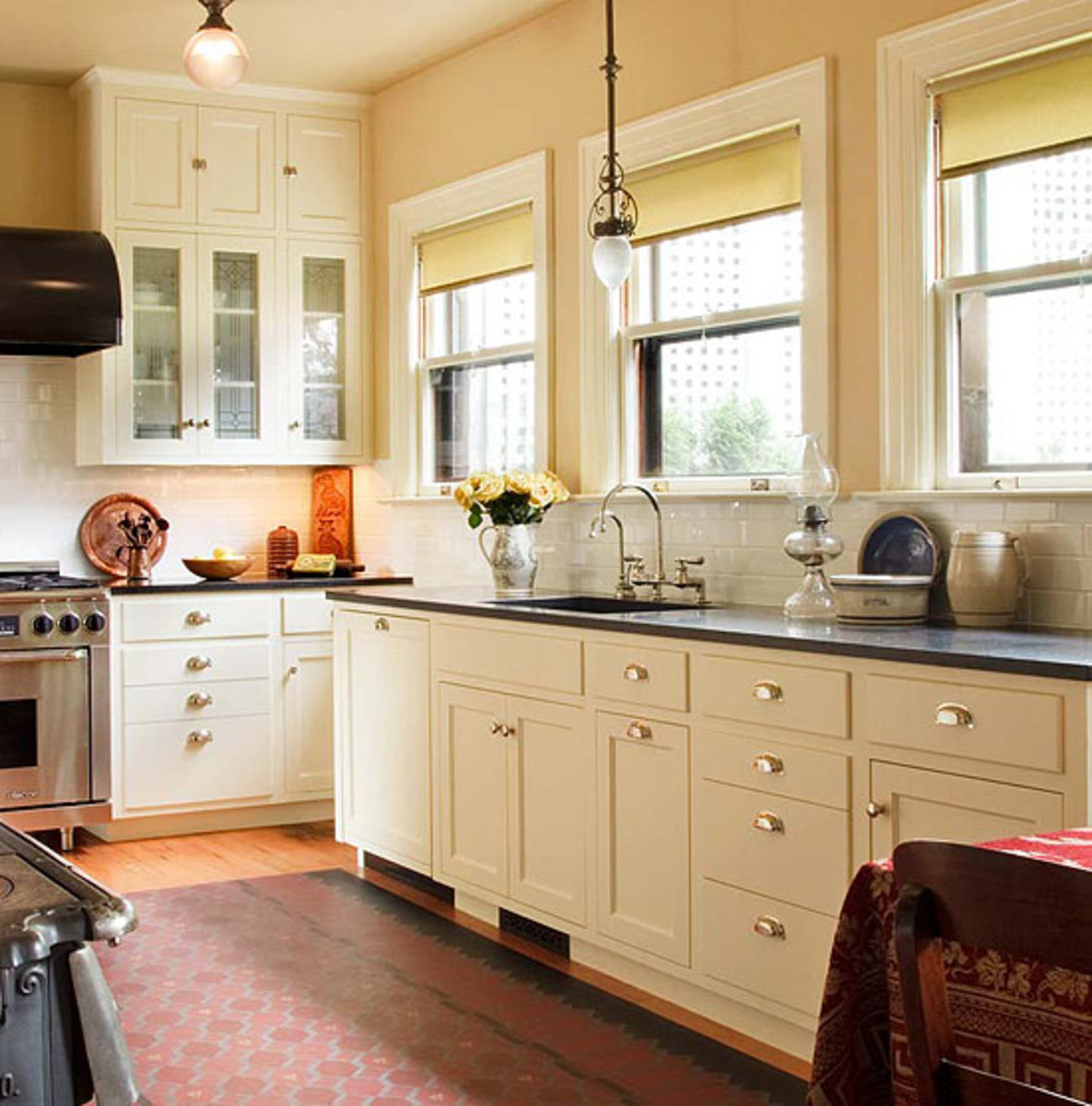 White Kitchen Cabinets And Countertops: Kitchen Sinks & Countertops: Go Trendy Or Timeless?
