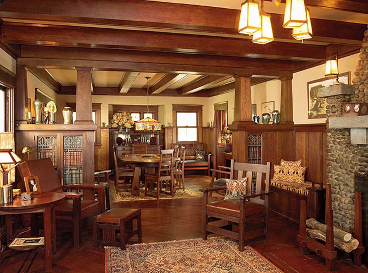 The ultimate guide to arts crafts craftsman bungalows for Craftsman house interior