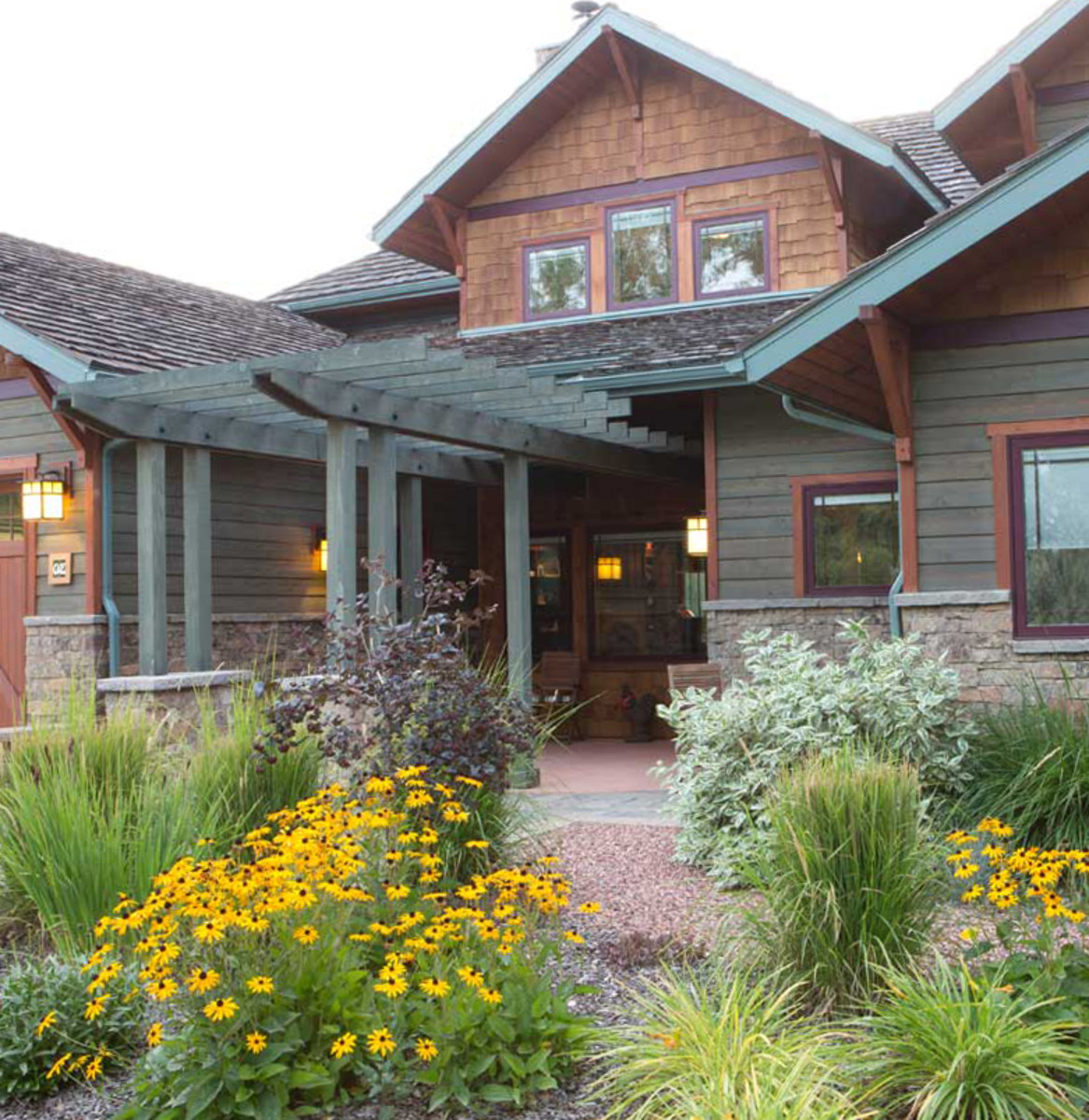 A transplant from Pasadena builds a Craftsman home in Great Falls, Montana, to local acclaim.