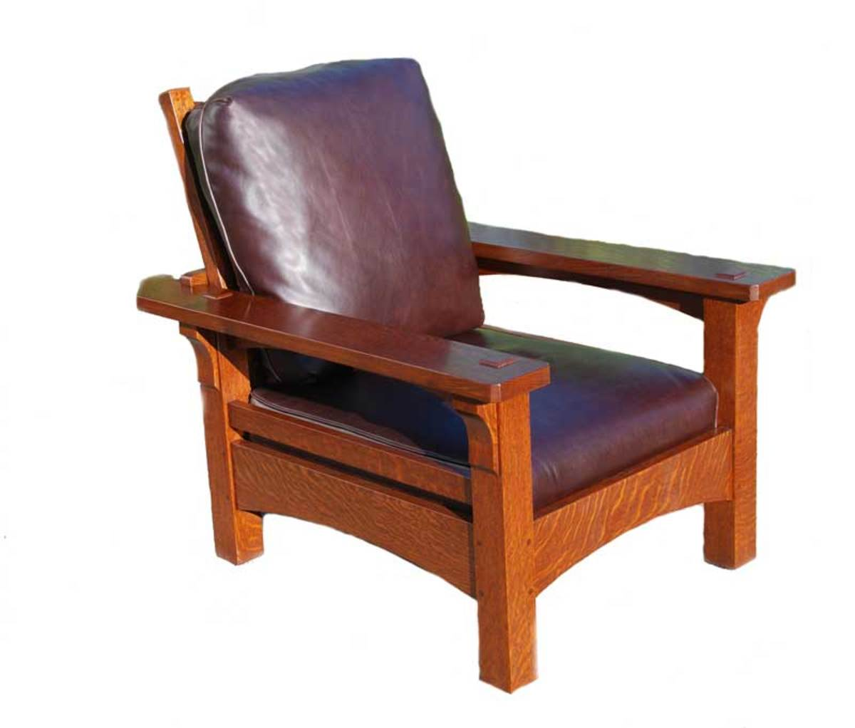 Voorhees recently introduced an accurate replica of the original 'Onondaga' Morris Chair.