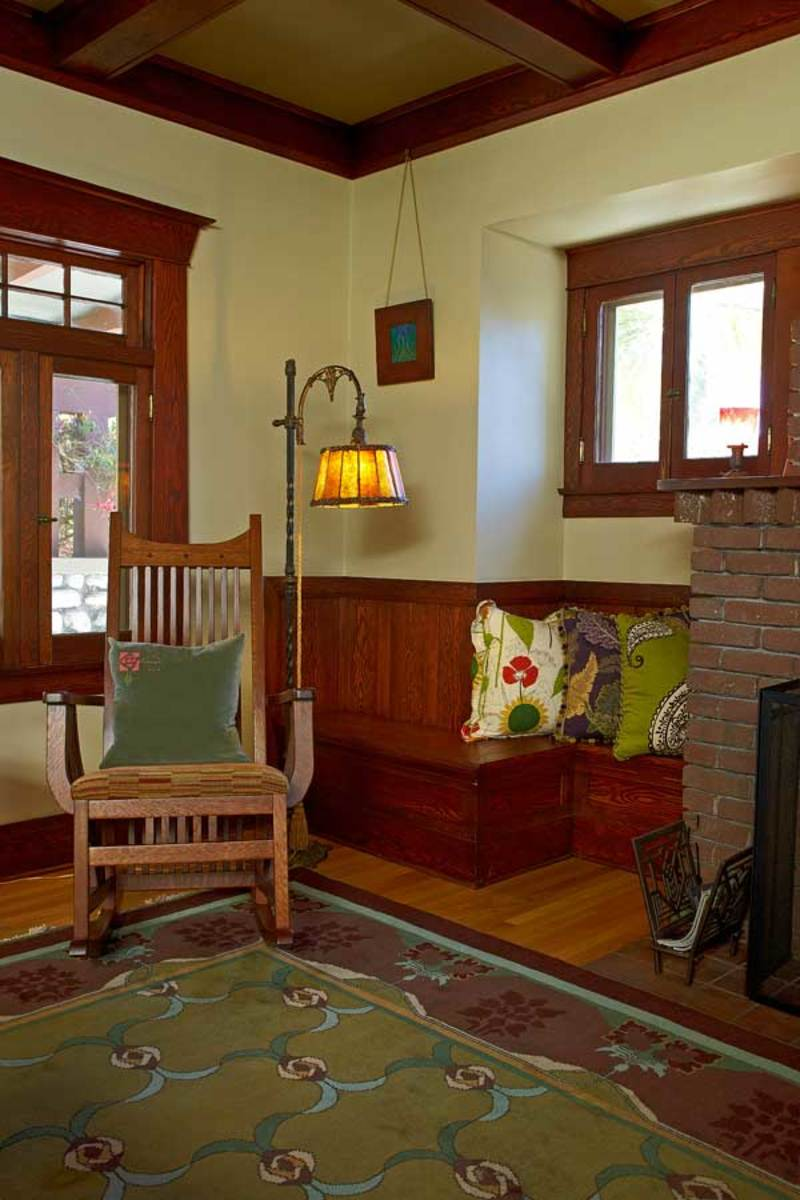 Window, Cool Craftsman Living Room With White Classic Cafe ...