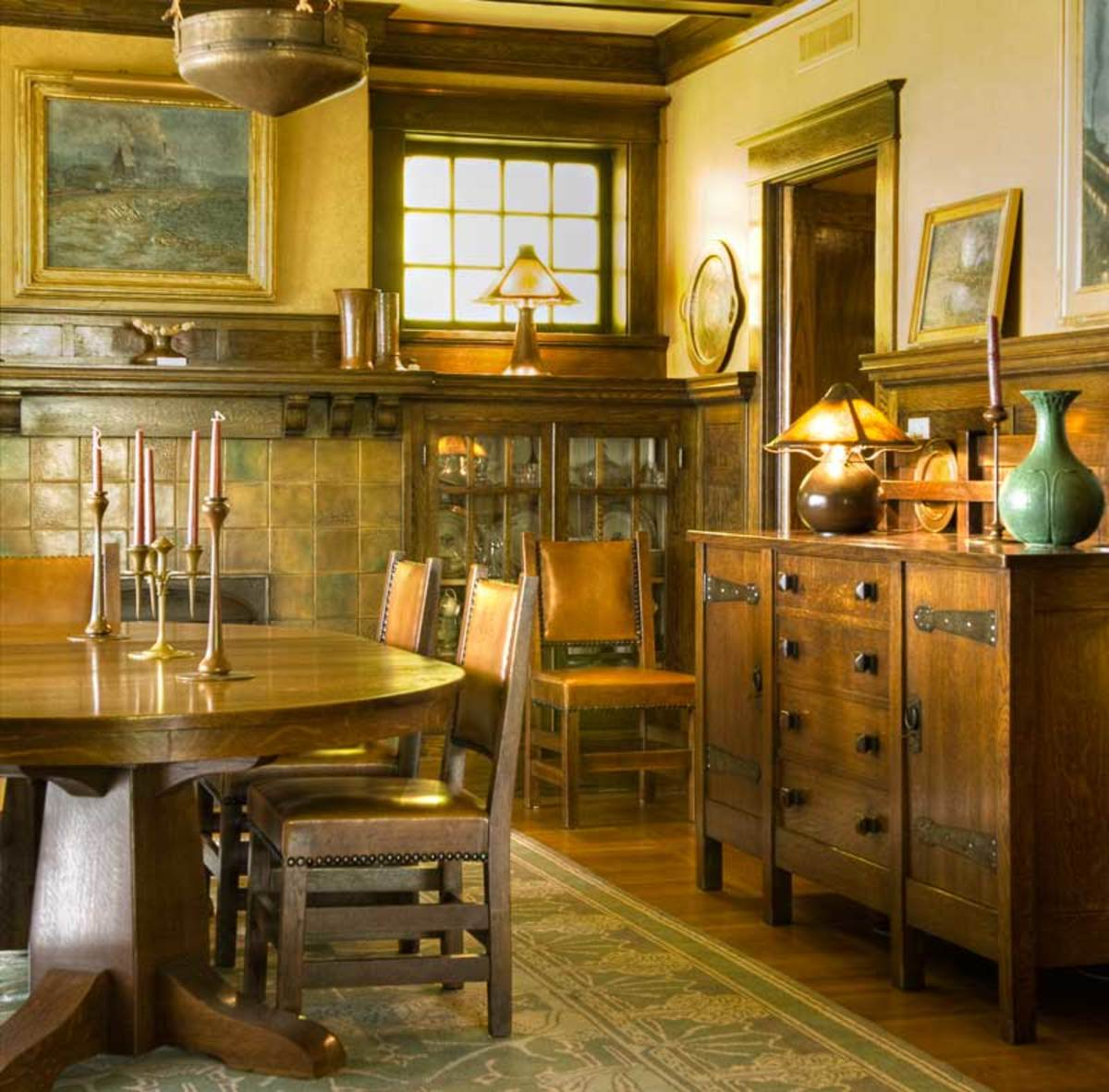 Stickley originals grace the dining room in a 1915 Prairie-influenced Foursquare in Pittsburgh.  Photo: Edward Addeo