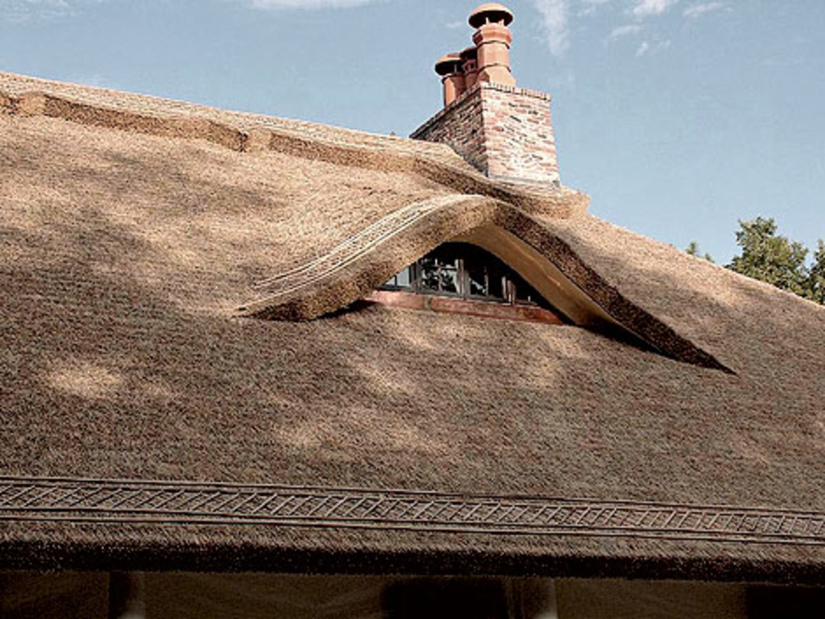 Endureed cottage-style roofing