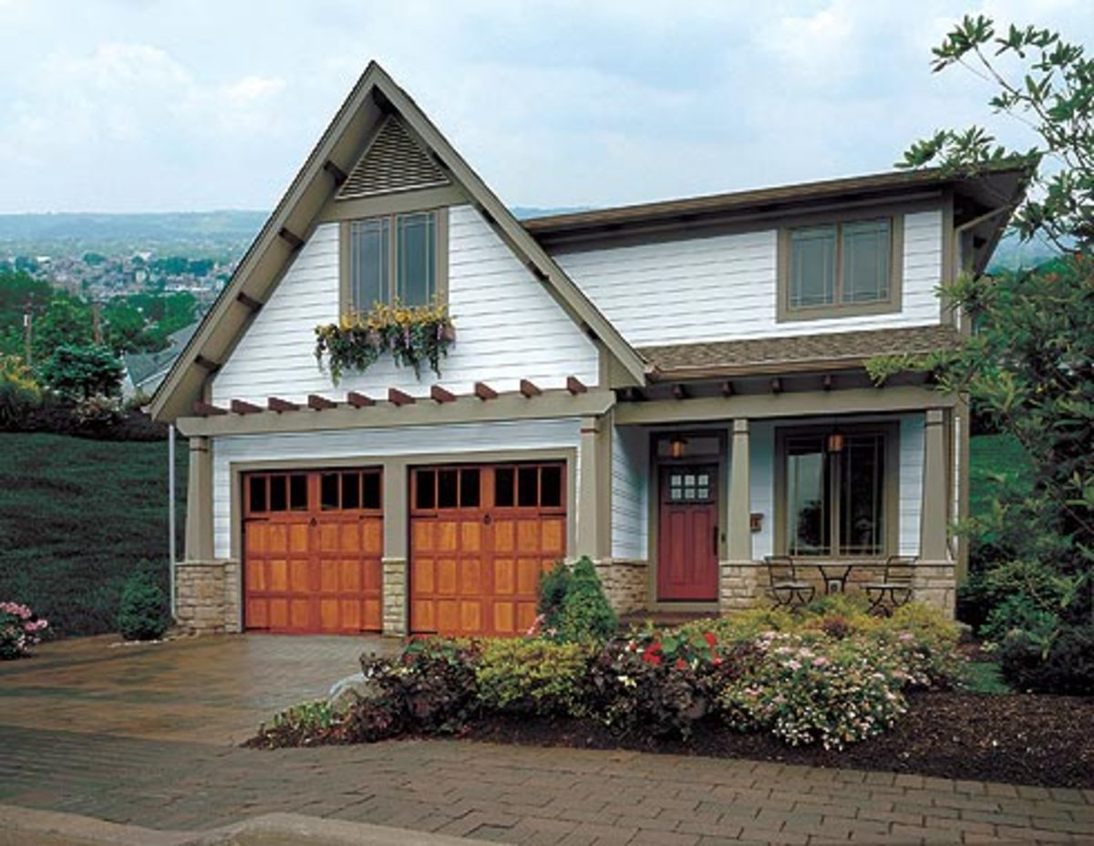 Front and garage door styles for arts crafts craftsman for Arts and crafts garage