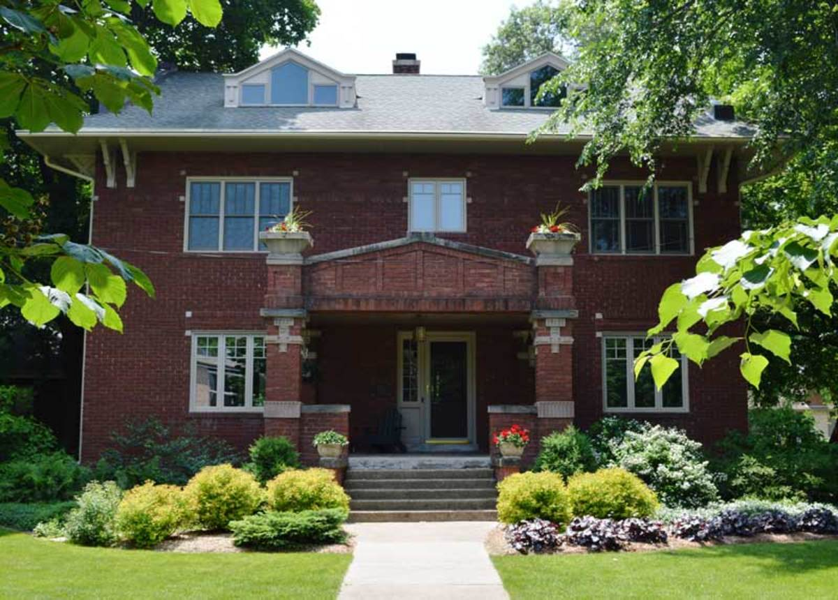 Our reader's 1914 house near Madison, Wisconsin.
