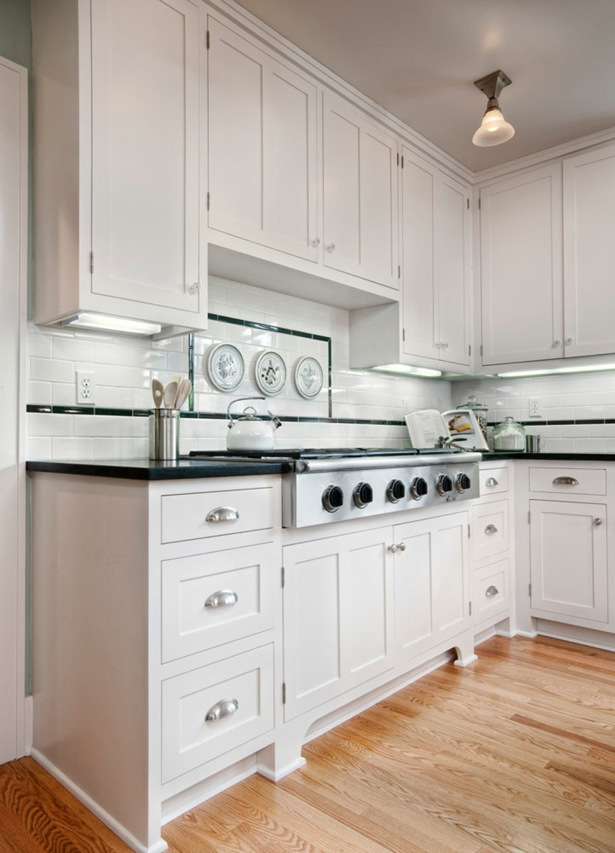 white Arts & Crafts kitchen cabinets