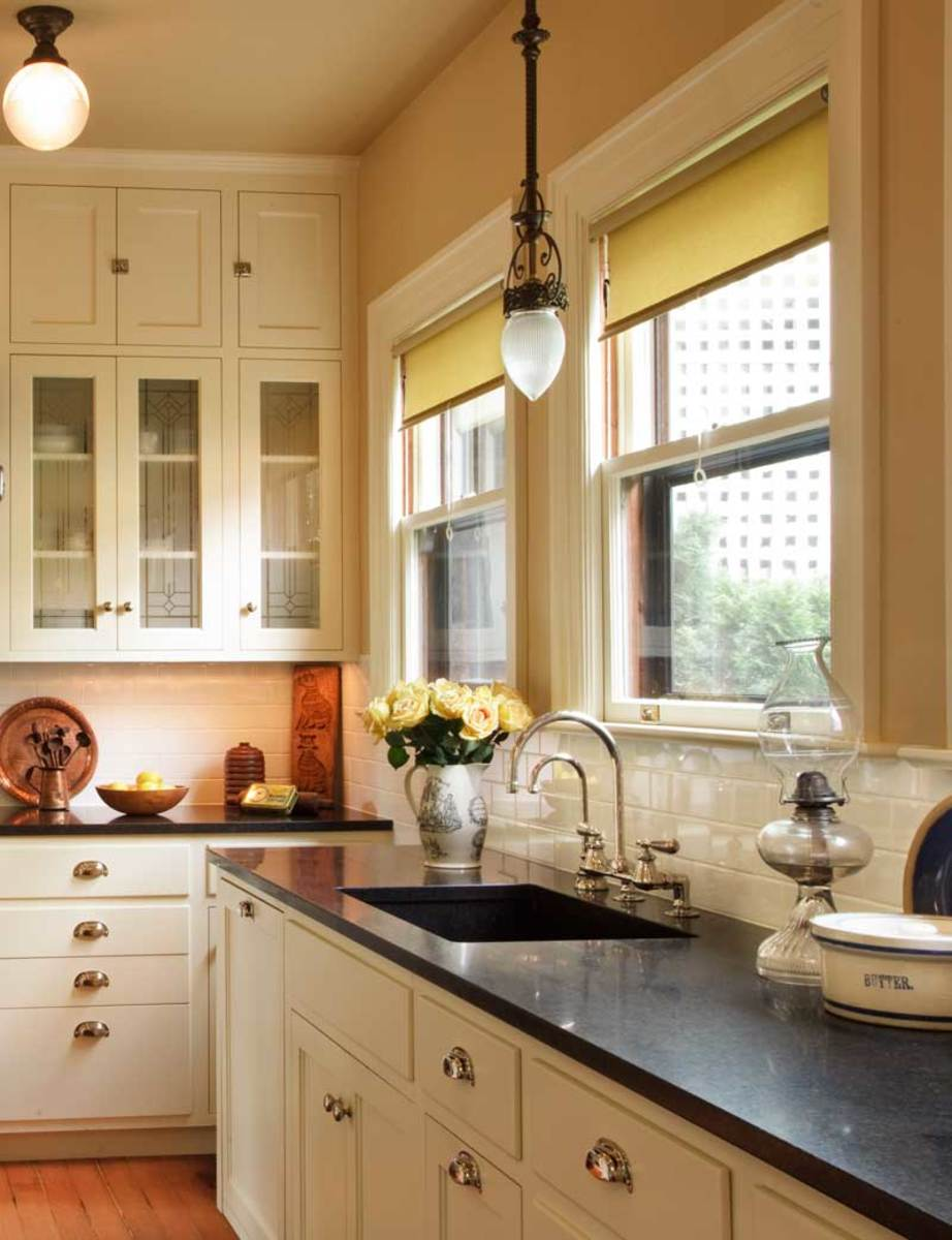 The allure of arts crafts kitchens baths arts for Bungalow style kitchen cabinets