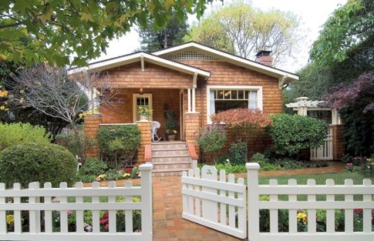 House styles the craftsman bungalow design for the arts - Arts and crafts home interior design ...