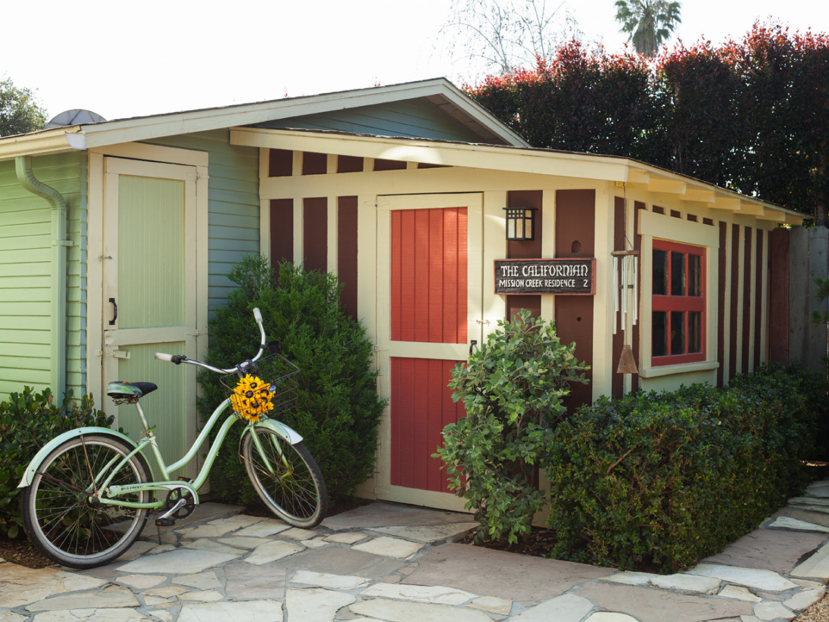 bungalow tool shed