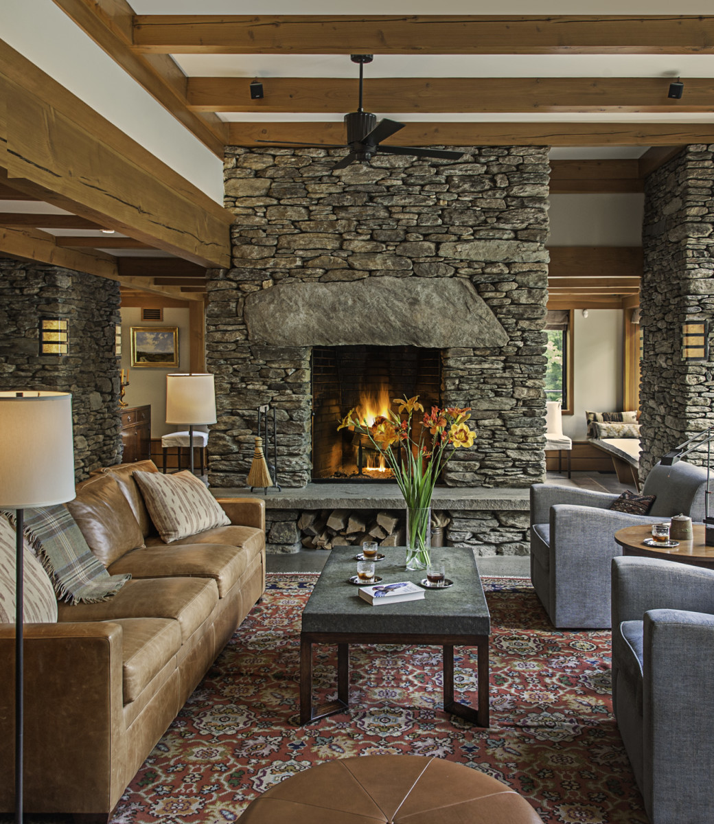 Living Room With Fireplace And Sliding Doors: Arts & Crafts Homes And The Revival