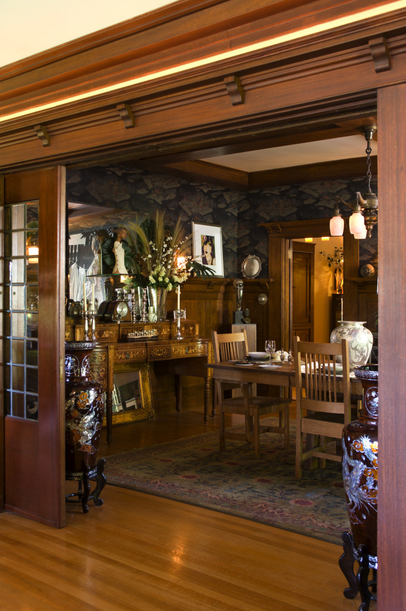 Craftsman dining room ornate furniture