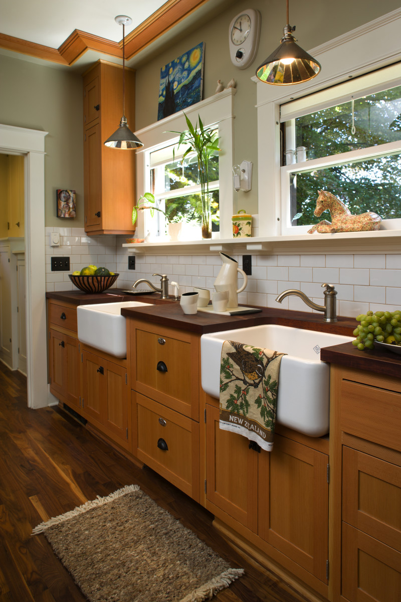 Craftsman Kitchen apron sink