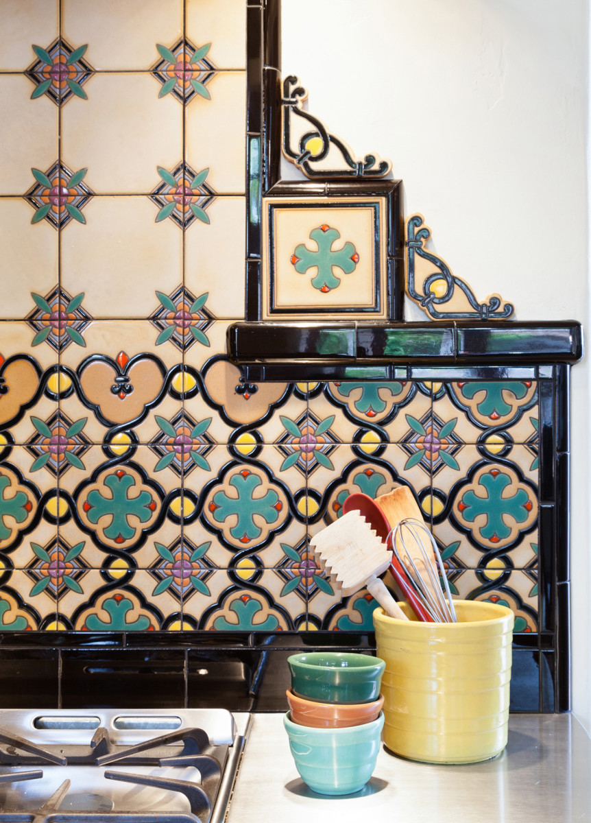 Recalling the Hispano–Moresque patterns popular in the 1920s and '30s, these revival tiles from Native Tile are banded with architecturally correct black trim tile. Photo: Brica Wilcox