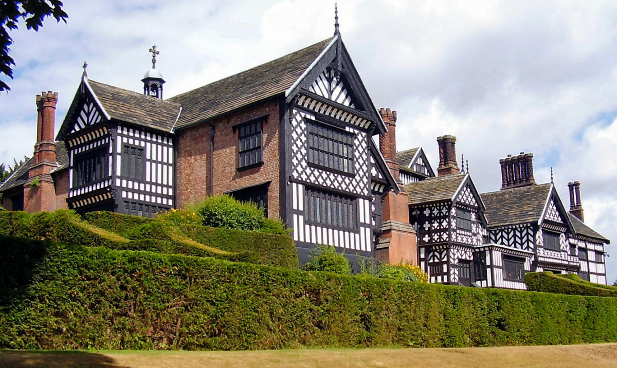 Bramall Hall England Arts & Crafts
