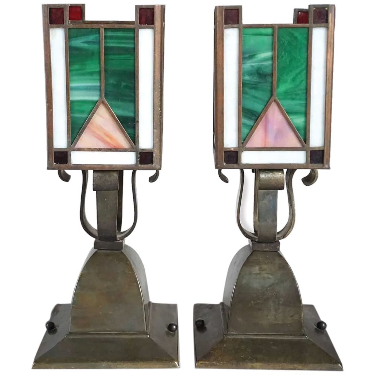 Ruby Lane OHJ1219 thumbnail_Pair-American-Arts-Crafts-Brass-Leaded-full-1A-2048-10.10-c86223c8 2019-10-30 17_21_49