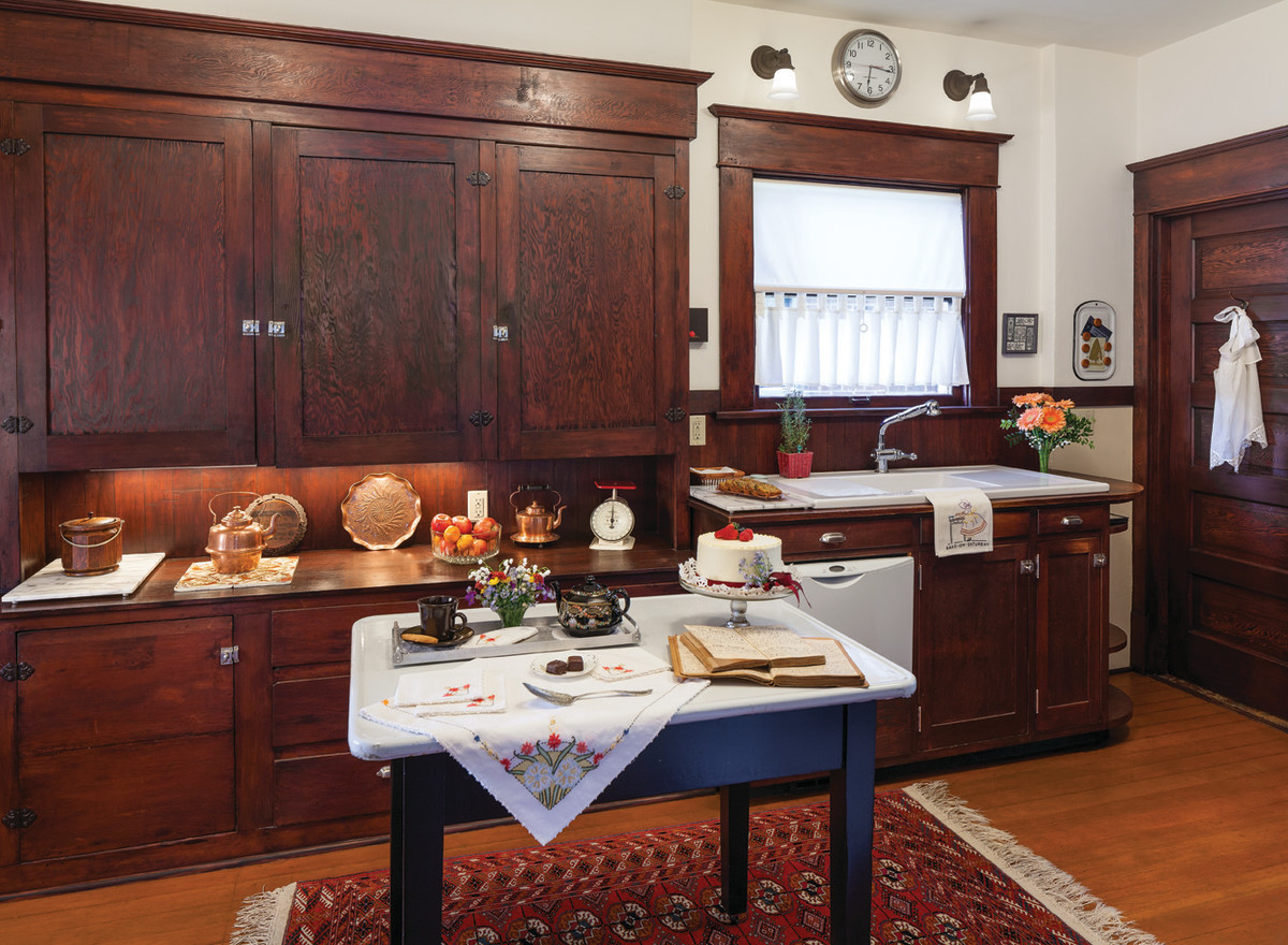 original_Craftsman_kitchen