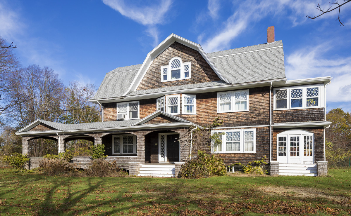 Trustworth Studios 1910 Shingle Style Plymouth