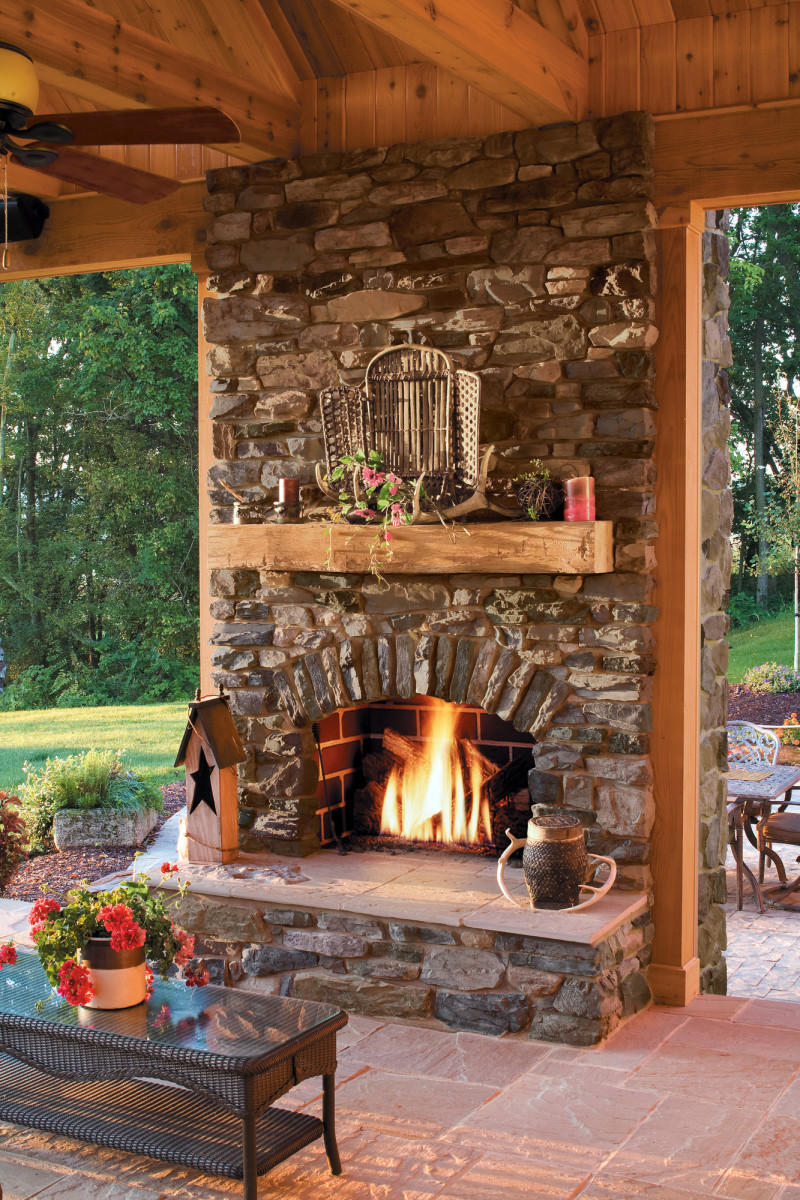 Stone veneer from EldoradoStone comes in many cuts and shapes,including rustic shadow rock.